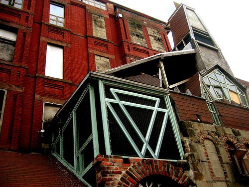 The Broken Angel House, 4/6 Downing Street, Brooklyn