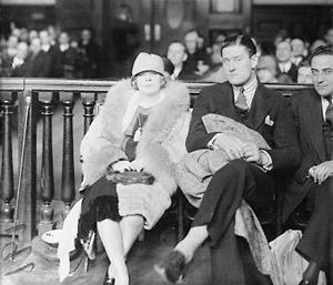 1927_Mae_Barry_court