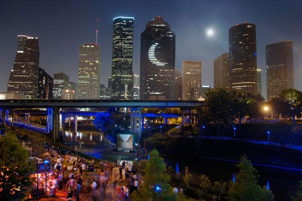 Blue Bayou Festival: A celebration along the banks of Buffalo Bayou, photo courtesy of Greater Houston Convention and Visitors Bureau