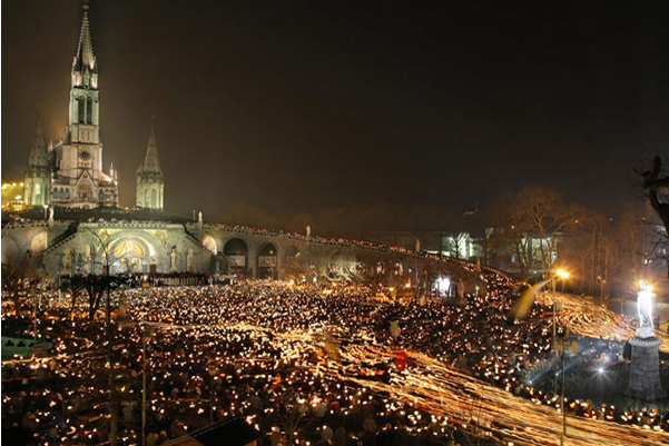 Torchlight Marian Procession to the Sanctuary of Our Lady of Lourdes, photo by Pierre Vincent
