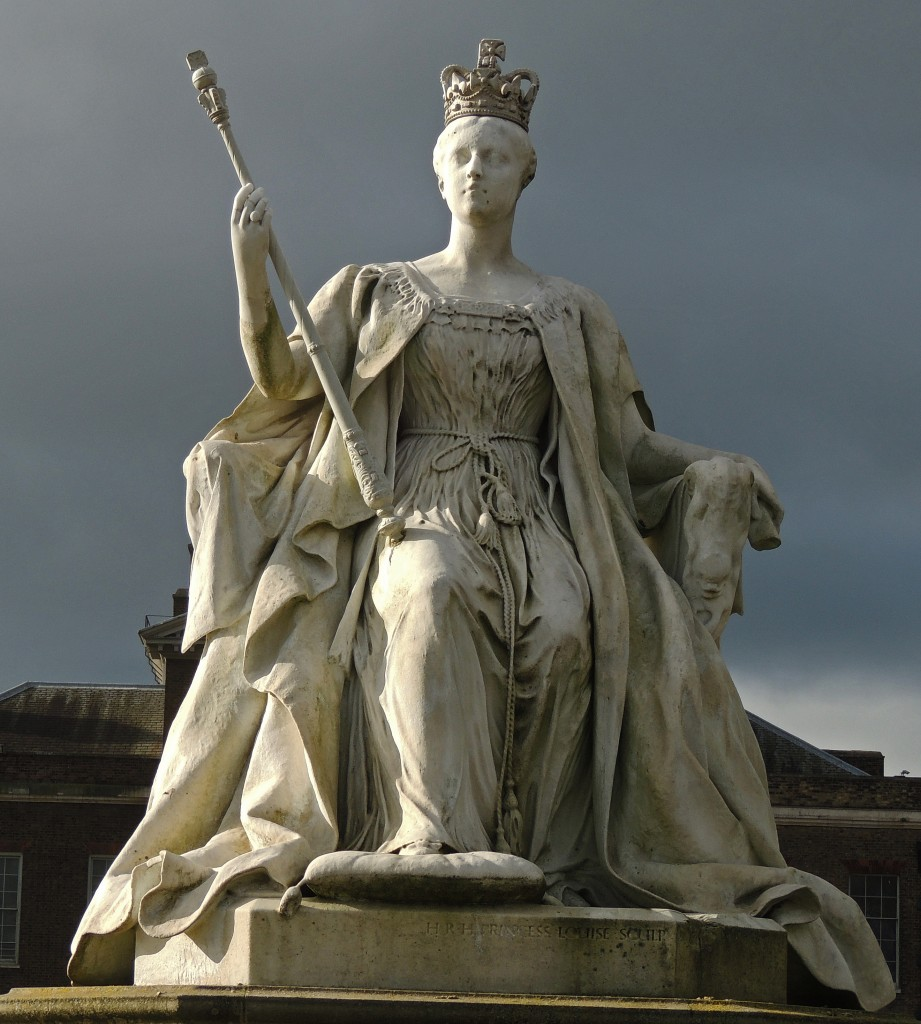 Statue of Queen Victoria, Kensington Gardens, by her daughter Princess Louise