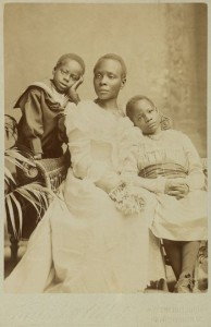 Sarah's daughter Victoria Randle and her children dating from 1901